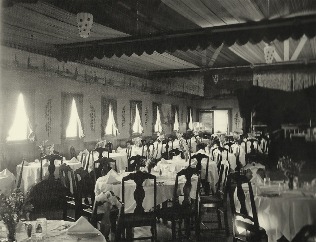 Dining room, S.S. Monte Carlo.