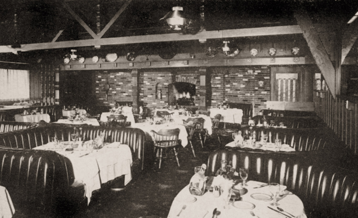 Interior of Lubach's Restaurant, 1959