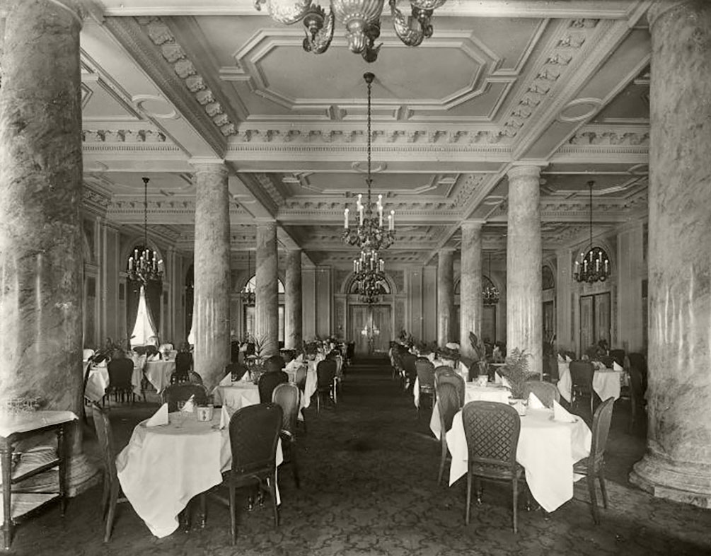1916 Dining room, Windsor Hotel, Montreal, Quebec