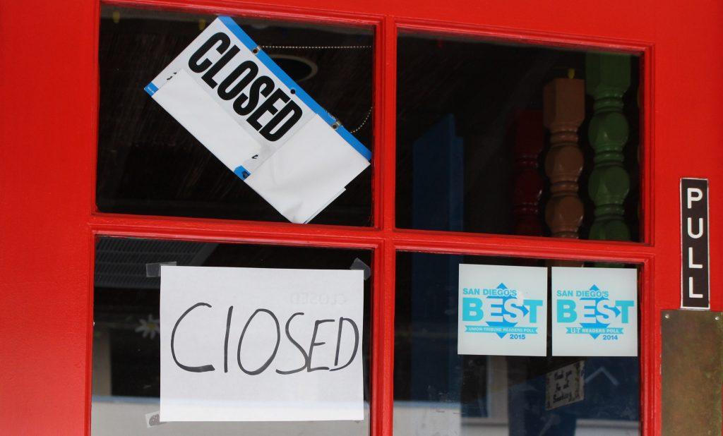 La Pinata closed